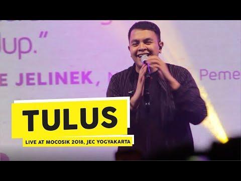 [HD] Tulus - Ruang Sendiri (Live at MOCOSIK 2018, Yogyakarta)