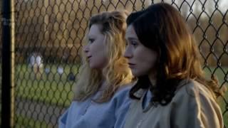 Lesbian Scene - Nicky Nichols And Lorna Morello - Orange is the new black