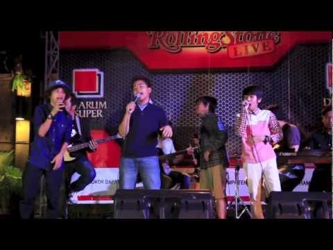 CoboyJr Eaaa Rolling Stone Cafe