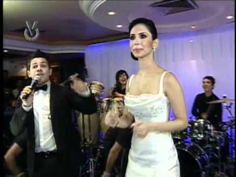 Oscarcito canta en la Boda de Leonardo Villalobos Parte 1 07 07 12 Venevision