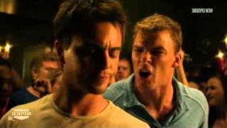 Blue Mountain State - Beer pong