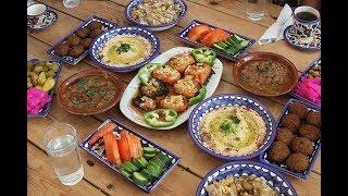 Palestinians: Can a restaurant open during Ramadan?