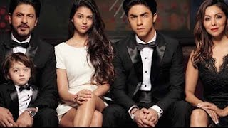 Actor Shahrukh Khan Family Photos with Wife, Daughter Suhana, Sons Aryan & AbRam Pics- New 2017