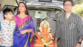 Sonali Bendre & Twinkle Khanna's Ganpati Visarjan 2016