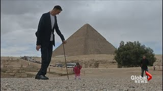 World's tallest man and shortest woman visit the Pyramids