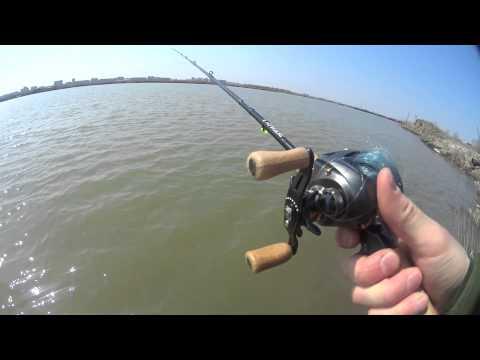 рыбалка на удочку с катушкой видео