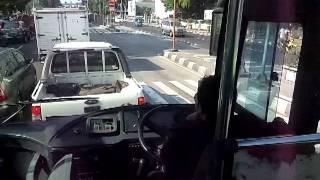 トランスジャカルタ Aggressive driving of Transjakarta (city bas)