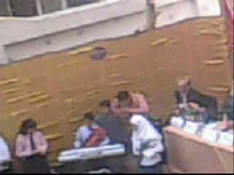 قبل وصول وكيلة الوزارة بلحظات بكامير احدى طالبات مدرسة كرداسة الثانوية من اعداد بسام شلبى