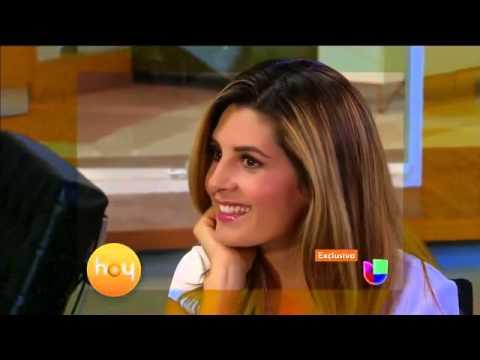 Xxx Mp4 Mayrín Villanueva Se Topó Con Pared Frente A Silvia Navarro 3gp Sex