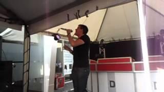 Jij met je mooie ogen - Tommy Lips (Hollandse Artiesten Parade, Bloemencorso Zundert 2012)