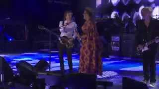 Paul McCartney 'Get Back' (with Brittany Howard from Lollapalooza 2015)