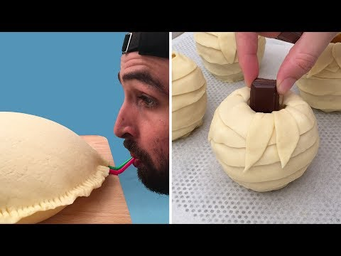 Individual Apple Pies 🍎 An Inflatable Apple Pie 🍏 And Every Other Apple Pie Imaginable 🍎🍏🍎