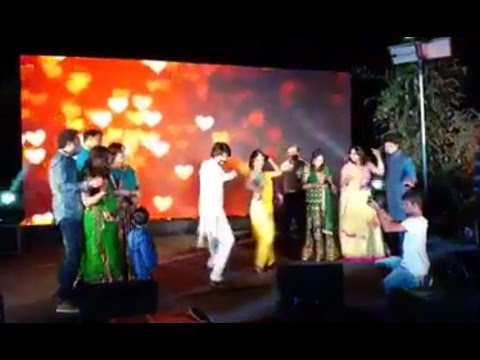 Xxx Mp4 Rocking Star Yash And Radhika Pandit Dance With Family At Wedding Mehendi Function 3gp Sex