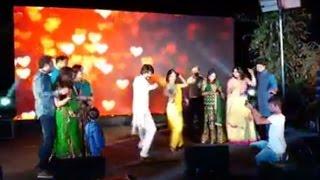Rocking Star Yash and Radhika Pandit Dance With Family at Wedding Mehendi Function