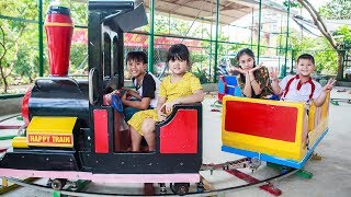 Kids Go To School   Chuns With Friends Have Fun In Ball House The Children