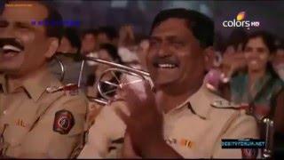 Shahrukh Khan-funny at Umang show 2016