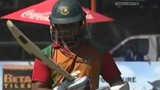 bangladesh vs zimbabwe 1st odi highlights 2011 12 august (12/08/2011)