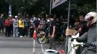 Drag race honda C70,C50,C90 Anniversari Koentoel Soerobojo 2nd .mp4