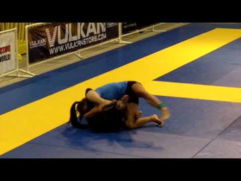 2010 Las Vegas Open IBJJF Championship NO GI Kristina Barlaan vs Margarita Chavez