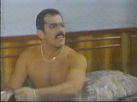 Juan Carlos Casasola en tanga