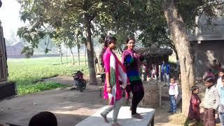 Balam karihaiya daba Di // DJ Wedding Party par dance bhojpuri song 2017