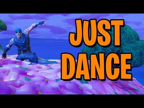Xxx Mp4 DANCE EM UMA TORRE DO RELÓGIO UMA ÁRVORE ROSA E UM TRONO DE PORCELANA Fortnite Battle Royale 3gp Sex