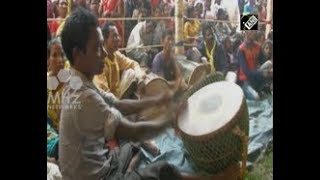 Tribal couples tie nuptial knot in mass wedding ceremony in eastern India
