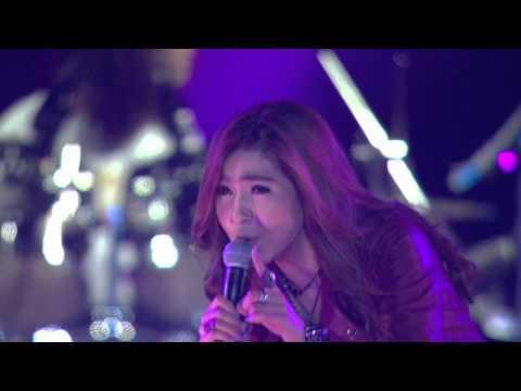 Xxx Mp4 Chit Thu Wai Live In Myanmar Mee Eain Kabyar Lamp Song 3gp Sex