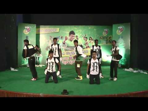 7Up DanceON2013 - Bangalore - Round 1 Wildcard - 65 Mani & Group