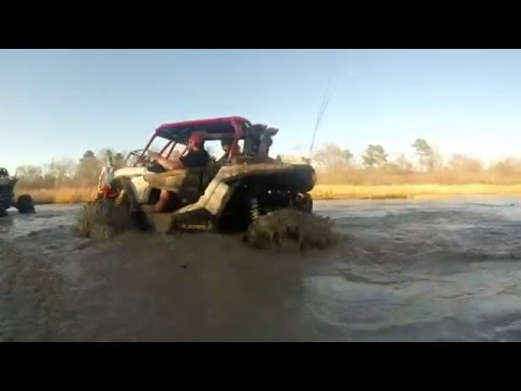Mardri Gras Ride 2016 River Run SOUTHERN MUDD JUNKIES