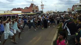 flash mob haka kalgoorlie