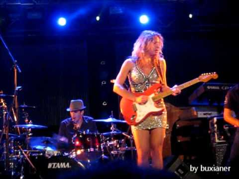 Ana Popovic Solo Blues for M at Tollwood Festival Munich 2011 Live