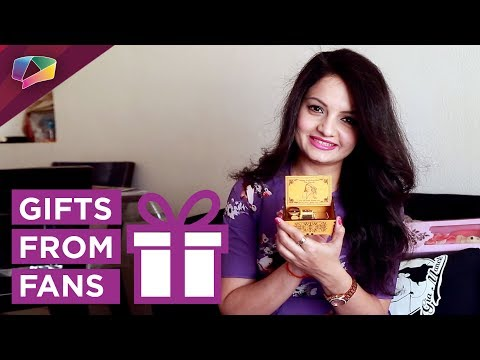 Xxx Mp4 Giaa Manek Receives Gifts From Her Fans Exclusive 3gp Sex