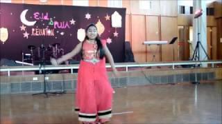 Noureen performed Ke Bashi Bajay Re