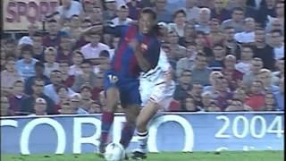 Golazo de Ronaldinho ante el Sevilla