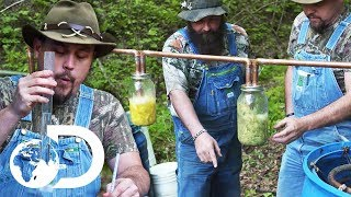 Mike & Daniel Test Their New Moonshine Still | Moonshiners