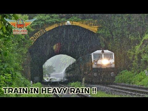 Xxx Mp4 TRAIN In HEAVY RAIN NETRAVATHI EXPRESS Indian Railways 3gp Sex