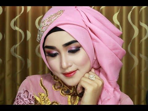 Xxx Mp4 Hijab Wisuda Simple Cantik Anggun Mewahz Dan Elegan Dengan Menggunakan Hijab Segi Empat 1 3gp Sex