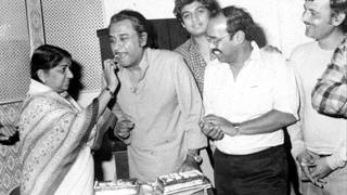 Ek Nasihaat Mere Yaaron Sunlo Kishore Lata Shriman Shrimati