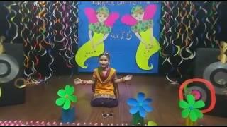 Best Dance of DHANYATA JAIN on london thumakta & banno tera by nur student in warren public school
