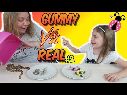 GOMINOLAS Vs. REALIDAD 2 El reto de los dulces GUMMY FOOD vs REAL