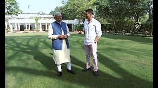 PM Modi, Akshay Kumar crack jokes on mangoes, talk about 'good friend' Obama