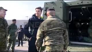 Zoran Milanović pao sa oklopnog vozila