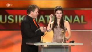 Lena Meyer-Landrut bei der Goldenen Kamera: Dankesrede und Satellite A cappella