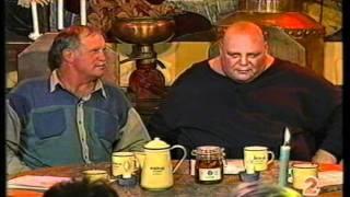 (Tolla van der Merwe) Kallie Knoetze en Mike Schutte vertel grappe