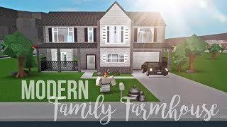 Bloxburg: Modern Family Farmhouse 44K