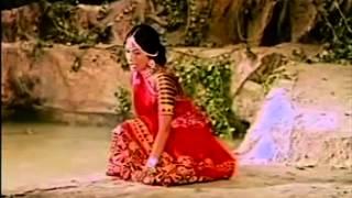Chundadi Odhadi Mane Yashdana Kaan Gheli Kari   mena gurjari   Gujarati Marriage songs