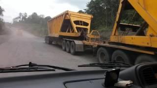 Perjalanan di jalur trailer (1) Hauling Kideco