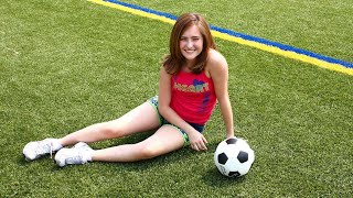 Football Girl || I Just💜this Girl 🙄🖖