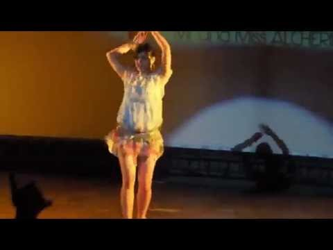 IIT Guwahati Student Dance on Shakira Hips Don't Lie Song Viral Video